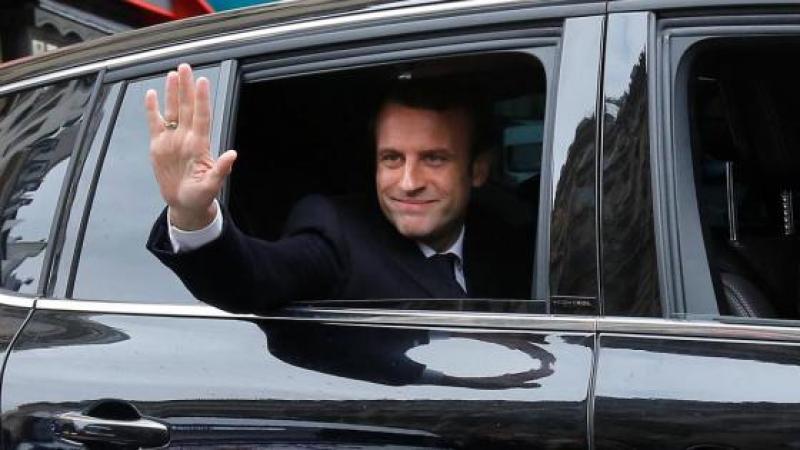 """La dictature est """"En marche"""", disent-ils..."""