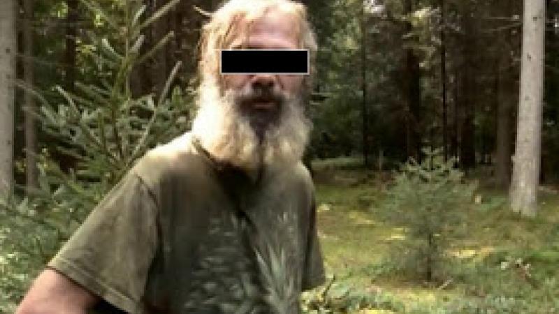 Une équipe d'ethnologues découvre le dernier militant de la LCR encore en activité
