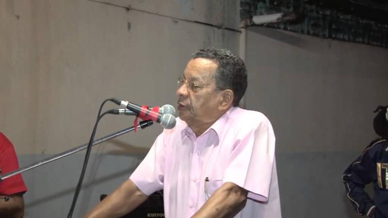Serge Ménil, ancien secrétaire général de la FEN (Fédération de l'Education Nationale), soutient la candidature d'Alfred Marie-Jeanne