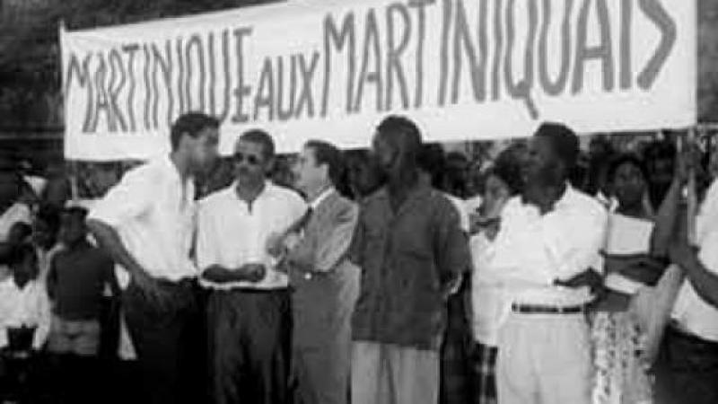 DE MAUVAIS PRESTIDIGITATEURS