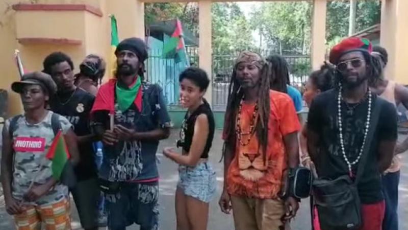 La Martinique parle le présent