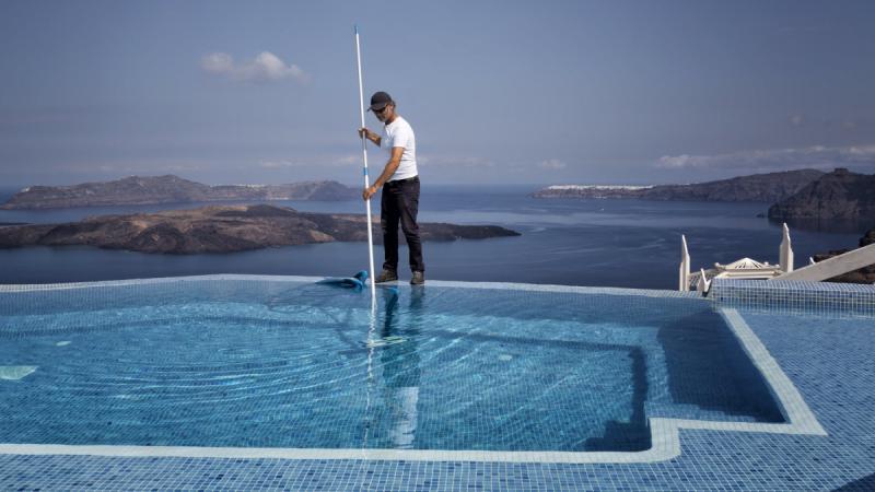 Le tourisme grec entraîne l'économie dans sa chute