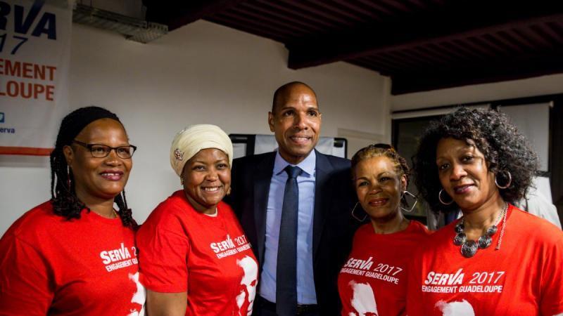 """Selon le magazine """"CAPITAL"""", Olivier SERVA (Guadeloupe), est le plus travailleur des parlementaires ultramarins"""